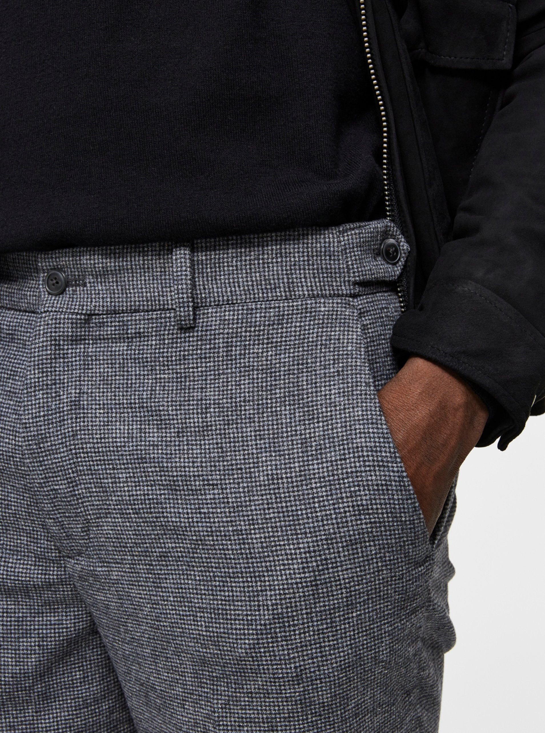 Šedé nohavice s prímesou vlny Selected Homme.
