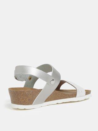 Metalické sandály na klínku ve stříbrné barvě OJJU