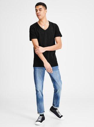Černé basic tričko s véčkovým výstřihem Jack & Jones Basic