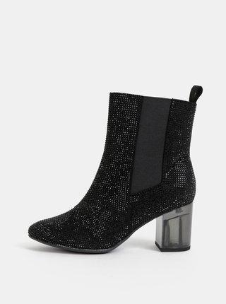 Černé kotníkové boty s kamínky Tamaris