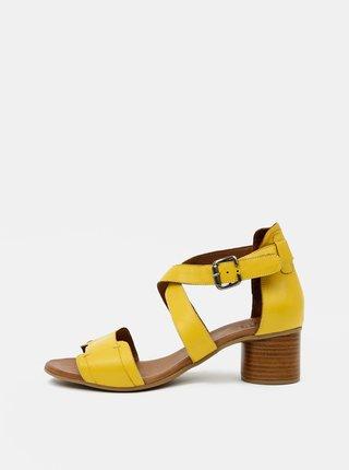 Žlté kožené sandálky WILD