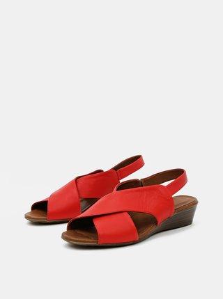 Červené kožené sandálky na plnom podpätku WILD