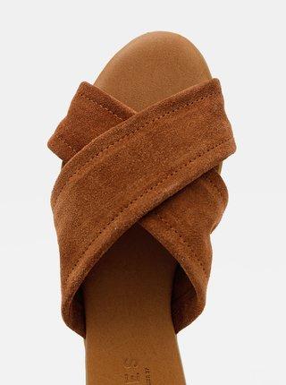 Hnědé semišové pantofle Pieces Marnie