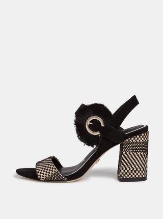 Čierne sandálky v semišovej úprave Tamaris