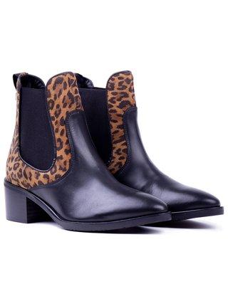 Tommy Hilfiger černé kotníkové boty Leo Print Che s leopardím vzorem