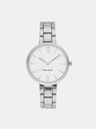 Dámské hodinky s kovovým páskem ve stříbrné barvě Nine West