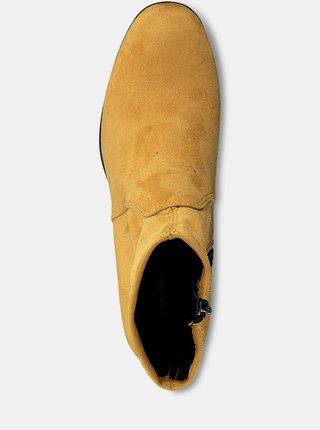 Horčicové členkové topánky v semišovej úprave Tamaris
