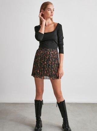 Černá květovaná plisovaná sukně Trendyol