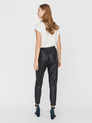 Čierne skrátené koženkové nohavice VERO MODA Eva