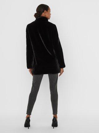 Černý kabát z umělého kožíšku VERO MODA Thea