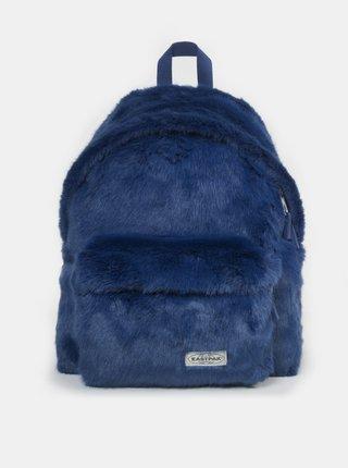 Tmavě modrý batoh z umělého kožíšku Eastpak 24 l