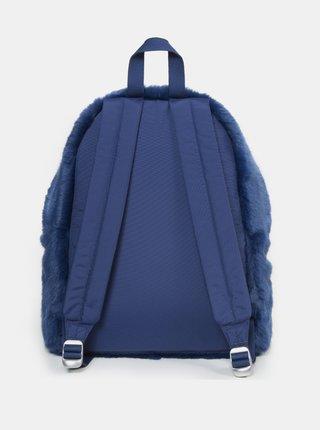 Tmavomodrý batoh z umelého kožúšku Eastpak 24 l