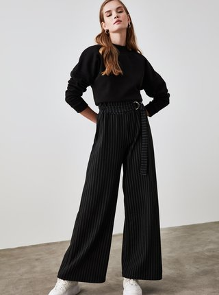 Černé dámské pruhované široké kalhoty s páskem Trendyol