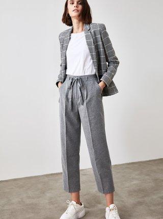 Šedé dámské zkrácené kalhoty Trendyol