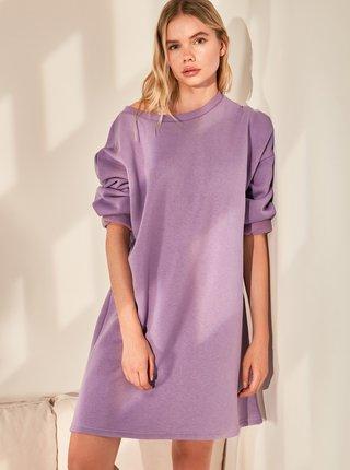 Fialové volné šaty Trendyol
