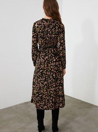 Čierne kvetované midišaty Trendyol