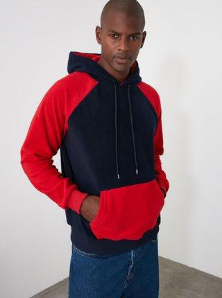Červeno-modrá pánska mikina s kapucou Trendyol