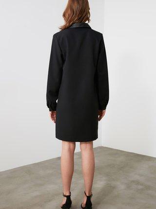 Černé šaty Trendyol