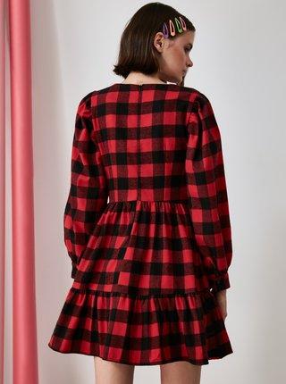 Černo-červené kostkované šaty Trendyol