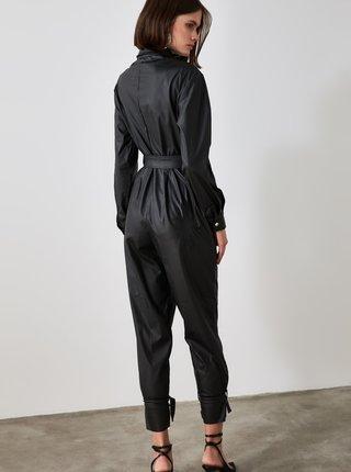 Černý koženkový overal Trendyol
