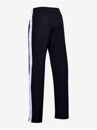 Tepláky Under Armour Woven Track Pants - Čierná