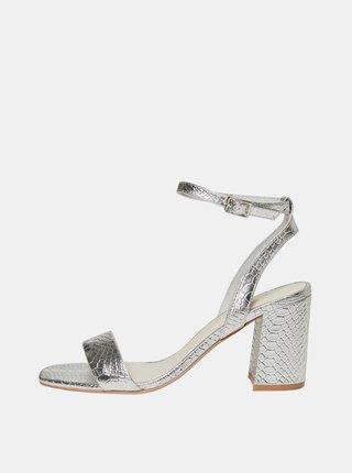 Sandálky s hadím vzorom v striebornej farbe VERO MODA Liva