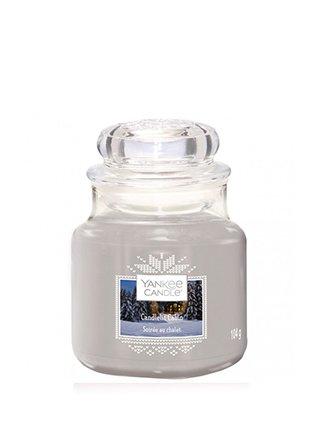 Yankee Candle vonná svíčka Candlelit Cabin Classic malý