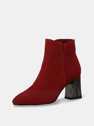 Červené semišové členkové topánky Tamaris