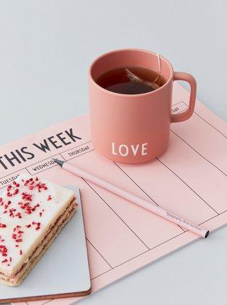 Růžový hrnek Design Letters