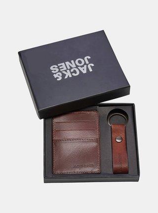 Sada koženej peňaženky a kľúčenky v hnedej farbe Jack & Jones