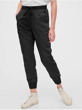Čierne dámske nohavice GAP Ribbed Joggers