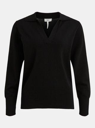 Čierny sveter s limcom .OBJECT