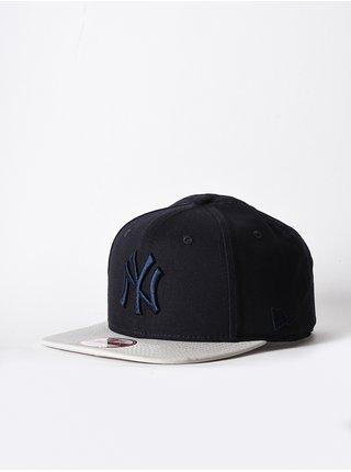New Era 950-MLB NEYYAN NVYSTN kšiltovka s rovným kšiltem - černá