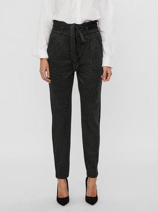 Čierne nohavice so zaväzovaním VERO MODA