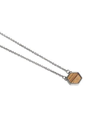 Náhrdelník s dřevěným detailem Lini Necklace Hexagon BeWooden