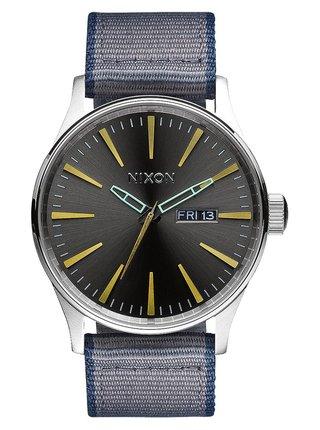 Nixon SENTRY LEATHER GUNMETALGRAY analogové sportovní hodinky