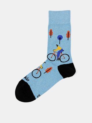 Modré ponožky Fusakle Cyklista ve městě