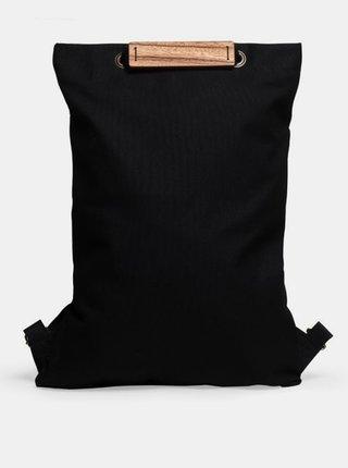 Praktický černý batoh s dřevěným detailem Lini Minibackpack BeWooden