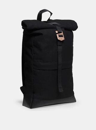 Praktický černý batoh s dřevěným detailem Nox Rollup BeWooden