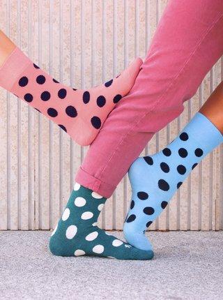 Ružové bodkované ponožky Fusakle Diskos koralka