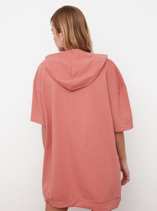 Ružové mikinové šaty s kapucou Trendyol
