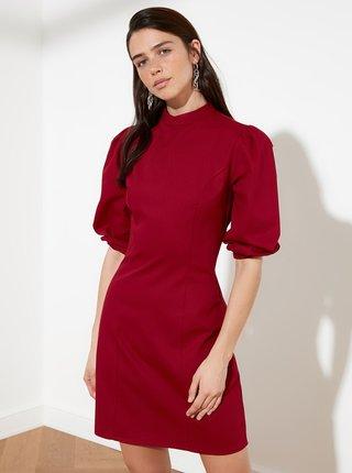 Vínové šaty se stojáčkem Trendyol