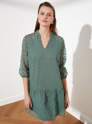Zelené vzorované volné šaty Trendyol