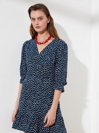 Tmavomodré bodkované šaty Trendyol