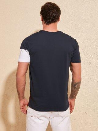Bílo-modré pánské tričko Trendyol