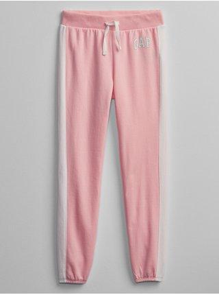 Růžové holčičí dětské tepláky GAP Logo v-sp jogger