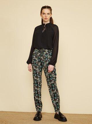 Čierne dámske kvetované nohavice ZOOT Rosalyn