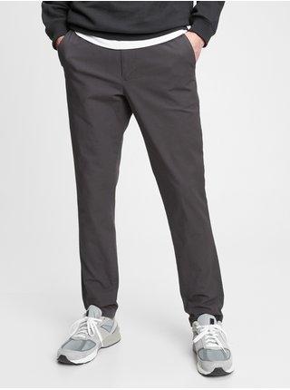 Nohavice slim easy e-waist pants in GapFlex Čierna