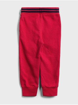 Červené klučičí dětské tepláky GAP Logo ft arch jogger