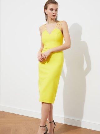 Žluté pouzdrové šaty na ramínka Trendyol